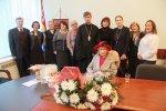 Аза Леонидовна Попова поздравила всех, кто её знает, с наступающим Новым годом