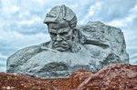 Ослепительные памятники минувшей войне